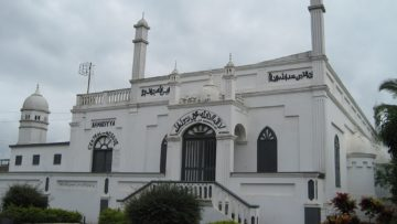 Ahmadiyya-Mosque-Saltpond_-Ghana