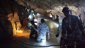 thai-cave-divers